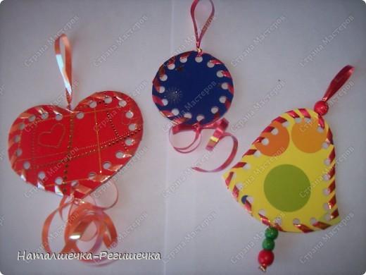 Предлагаю вашему вниманию вариант изготовления игрушек на елку своими руками (идея из интернета). фото 1