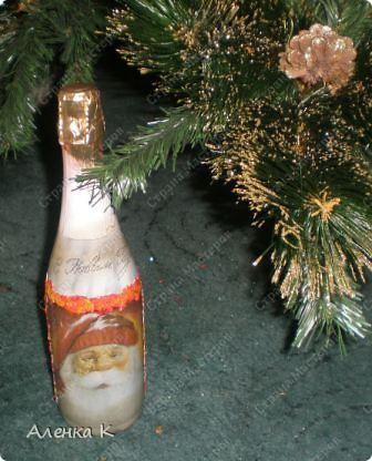 Мои новогодние подарки готовы! Использовала одинаковые салфетки, но все бутылочки получились разные. фото 4