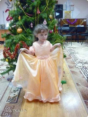 вот такое платье сшила для дочки за одну ночь.дочь сказала,что она как принцесса.платье шила специально по болеро,а она не захотела одевать его. фото 1