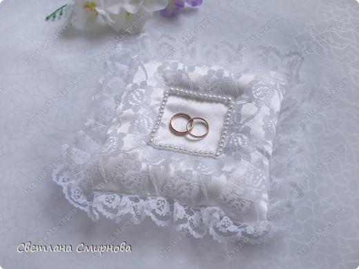 Свадебные подушечки для обручальных колец фото 2