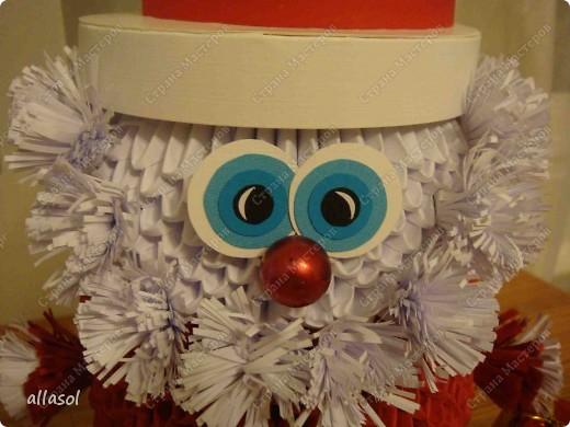 Поздравляю всех с праздниками! Вот такой Дед Мороз появился у нас. фото 6