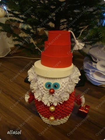 Поздравляю всех с праздниками! Вот такой Дед Мороз появился у нас. фото 7
