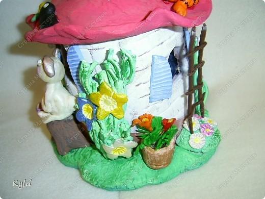 Этот домик слепила тоже для племянницы. Она когда увидела мой первый домик, очень просила себе тоже , мы договорились что сделаю к Новому Году. Обещания надо выполнять. Слава Богу я успела)))))) фото 8
