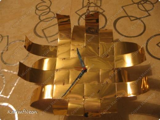 Жестяной лист (случайно) купил в строительном магазине. (их продавали как алюминиевая плитка на потолок). Стоил около 120 руб (50см х 50см). Легко режится, хоть и жесткий. фото 1