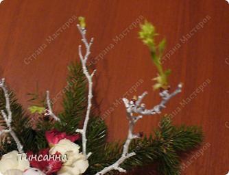 Такие, уже  лопнувшие почки, появились на ветках, использованных в новогодней композиции. фото 8