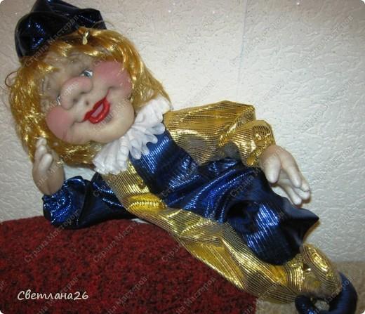 Сегодня доделала очередную куклу, которая должна стать частью интерьера детской комнаты. Параллельно сфотографировала процесс создания каркаса для куклы, правда, не с самого начала, но я думаю, что будет понятно. фото 7