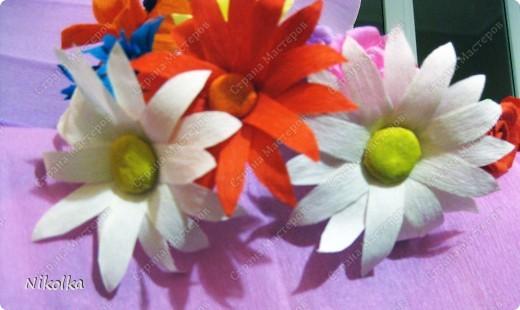 Начало моей дипломной работы по композиции. Все началось с этих цветов, некоторые идеи нашла на сайте, а вот ромашки сама придумала как сделать. фото 4