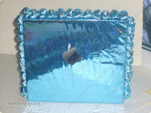 ноутбук  подарок из конфет фото 3