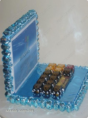 ноутбук  подарок из конфет фото 2