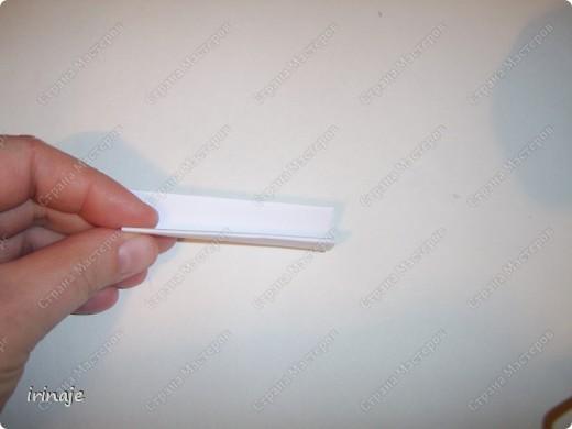 Очередной эксперимент с бумагой. И вот результат, от такой вот шикарнейший букет из сердец. Одним словом сделала сердечки и ими заскрапила деревянные палочки для шашлыков, немного добавила розочек, листиков из бумажной верёвочки, банты из бумажной ленты и стразы сердечек.  фото 7