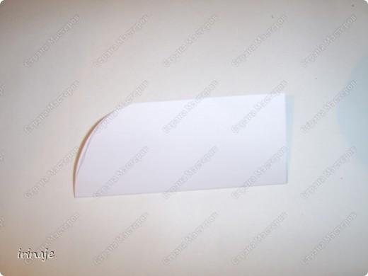Очередной эксперимент с бумагой. И вот результат, от такой вот шикарнейший букет из сердец. Одним словом сделала сердечки и ими заскрапила деревянные палочки для шашлыков, немного добавила розочек, листиков из бумажной верёвочки, банты из бумажной ленты и стразы сердечек. фото 6