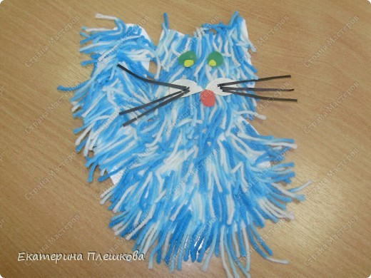 наши работы на уроке труда, 3 класс. Коты и снеговики. фото 1