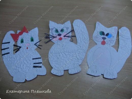 наши работы на уроке труда, 3 класс. Коты и снеговики. фото 9