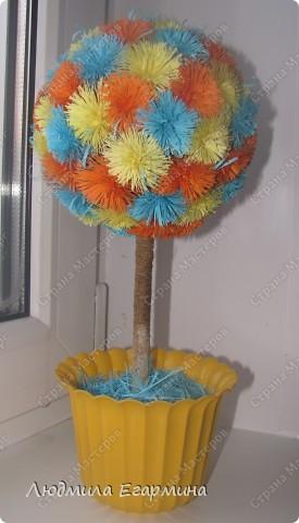Насмотревшись на многообразие деревьев и цветочных шаров в Стране Мастеров, тоже решила подарить себе и окружающим кусочек счастья. Вот, что получилось. фото 3