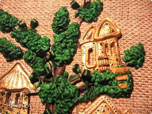 """Ну вот....закончила свое любимое дерево!!! Нашла выход из ситуации со сломанными тоненькими веточками - добавила бантики. Доча говорила """"не надо, по цвету не подходят!!!"""" ...а я телец!!! решила - значит будут бантики :о) и просто подкрасила их в цвет """"листьев""""..... фото 8"""
