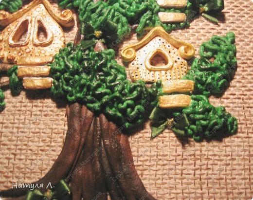 """Ну вот....закончила свое любимое дерево!!! Нашла выход из ситуации со сломанными тоненькими веточками - добавила бантики. Доча говорила """"не надо, по цвету не подходят!!!"""" ...а я телец!!! решила - значит будут бантики :о) и просто подкрасила их в цвет """"листьев""""..... фото 7"""
