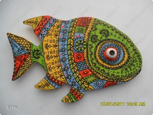Опять решила разрисовать рыбку,моя рыбка из гипса,акрилом раскрашена+контуры витражные фото 1