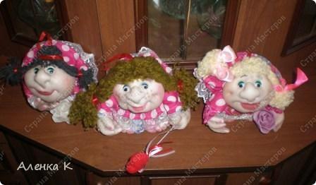 Три девицы под окном... фото 1