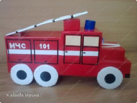 Макет пожарной машины фото 2