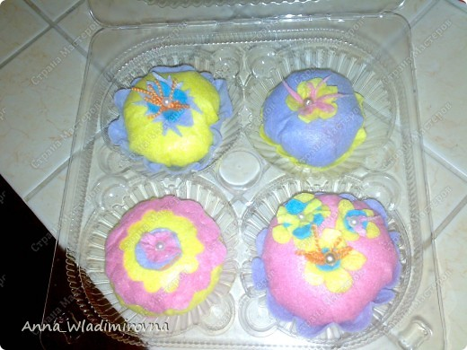 """Недавно """"заболела"""" пироженками из фетра. Теперь у моих малышей есть все для кукольного чаепития) фото 1"""