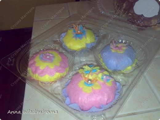 """Недавно """"заболела"""" пироженками из фетра. Теперь у моих малышей есть все для кукольного чаепития) фото 2"""