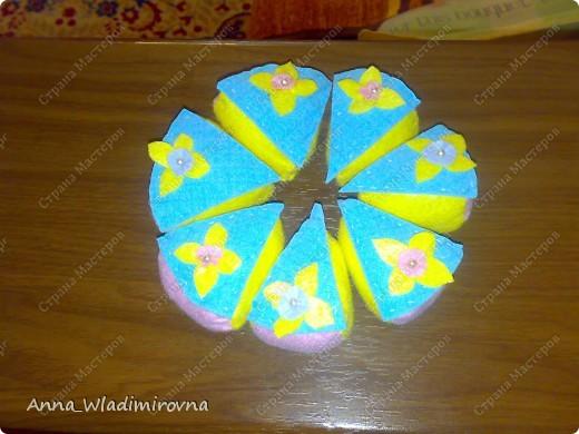 """Недавно """"заболела"""" пироженками из фетра. Теперь у моих малышей есть все для кукольного чаепития) фото 4"""