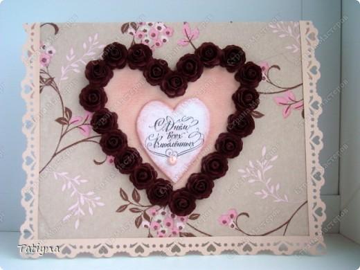 Вот такая валентинка с сердцем из роз у меня получилась розочки делала по этому МК http://asti-n.ya.ru/replies.xml?item_no=184, фон-салфетка  по этому МК http://stranamasterov.ru/node/41463?c=favorite фото 1