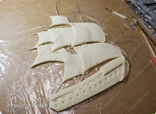 Я делала уже такой корабль около года назад. Размер работы 60х50 см. Сейчас покажу, как я его лепила и расписывала))) фото 10