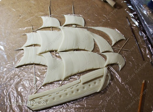 Я делала уже такой корабль около года назад. Размер работы 60х50 см. Сейчас покажу, как я его лепила и расписывала))) фото 15