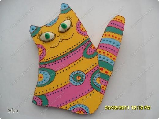 кошки из гипса,росписаны акриловыми и витражными красками фото 2