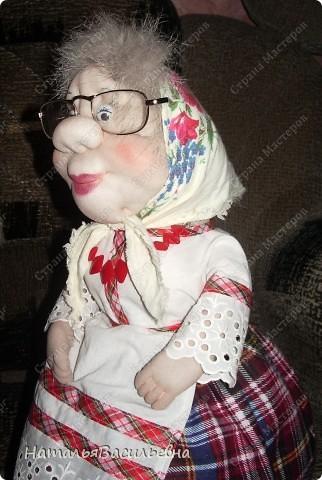 Баба Шура - грелка на чайник. Первое мое изделие.... проба пера. Спасибо Ликме!!!!! фото 2