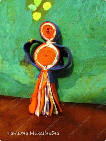 Эта куколка  распространена в северном Прикамье (у манси, коми-зырян).  фото 1