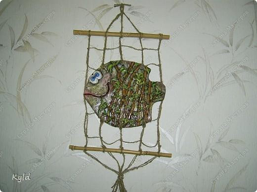 """Рыбы были сделаны в подарок подруге на ее день Рождения. она очень хотела на кухню себе рыбу и обязательно в китайском стиле. А я слепила двух рыб, решила что одной будет скучно, а так они друг на друга смотреть будут)))) Эта первая, рыбка """"Зеленый чай"""".  фото 4"""