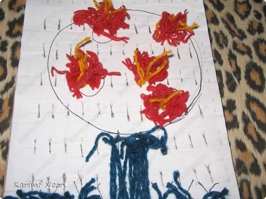 Снова поделки дочки моей подруги (5 лет). Вся картина выполнена нитками, НО КЛЕЙ И РАЗНЫЕ ИГЛЫ МЫ НЕ ИСПОЛЬЗОВАЛИ. фото 6