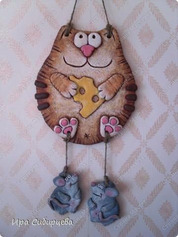 Идею котика подсмотрела у Виши:) Спасибо большое! (Он пока без лака:)