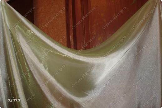 """Уважаемые мастерицы, скоро весна, хочется что-то изменить в прическе, одежде... Я хочу предложить вам изменить интерьер-и сшить новые шторы. В интернете очень много предложено мастер-классов по шитью, я хочу показать вам, как это делаю я. Для работы я использую следующее """"приспособление""""-деревянный плинтус (длиной около 2 метров) обшит плотно тканью """"стежка"""" на синтепоне. На этом плинтусе сегодня будем собирать сваг """"ракушку"""" фото 3"""
