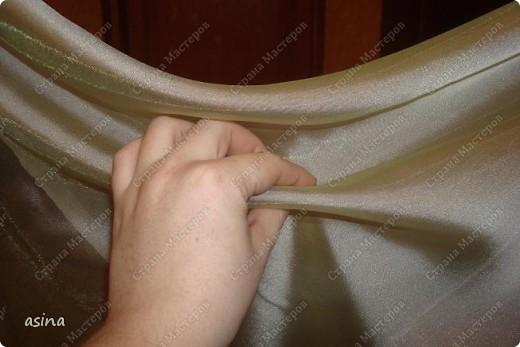 """Уважаемые мастерицы, скоро весна, хочется что-то изменить в прическе, одежде... Я хочу предложить вам изменить интерьер-и сшить новые шторы. В интернете очень много предложено мастер-классов по шитью, я хочу показать вам, как это делаю я. Для работы я использую следующее """"приспособление""""-деревянный плинтус (длиной около 2 метров) обшит плотно тканью """"стежка"""" на синтепоне. На этом плинтусе сегодня будем собирать сваг """"ракушку"""" фото 6"""