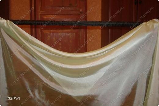 """Уважаемые мастерицы, скоро весна, хочется что-то изменить в прическе, одежде... Я хочу предложить вам изменить интерьер-и сшить новые шторы. В интернете очень много предложено мастер-классов по шитью, я хочу показать вам, как это делаю я. Для работы я использую следующее """"приспособление""""-деревянный плинтус (длиной около 2 метров) обшит плотно тканью """"стежка"""" на синтепоне. На этом плинтусе сегодня будем собирать сваг """"ракушку"""" фото 9"""