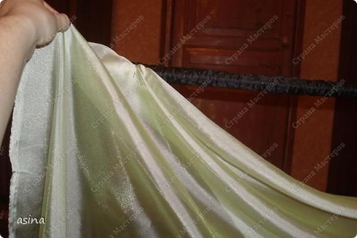 """Уважаемые мастерицы, скоро весна, хочется что-то изменить в прическе, одежде... Я хочу предложить вам изменить интерьер-и сшить новые шторы. В интернете очень много предложено мастер-классов по шитью, я хочу показать вам, как это делаю я. Для работы я использую следующее """"приспособление""""-деревянный плинтус (длиной около 2 метров) обшит плотно тканью """"стежка"""" на синтепоне. На этом плинтусе сегодня будем собирать сваг """"ракушку"""" фото 11"""