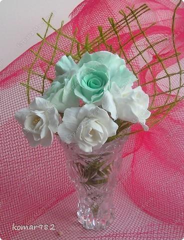 Все мои цветы для Вас! С Днем святого Валентина! Желаю счастья в этот день, Тепла от всех, кто будет рядом. Улыбок светлых на лице И солнечных лучей в придачу!     фото 7