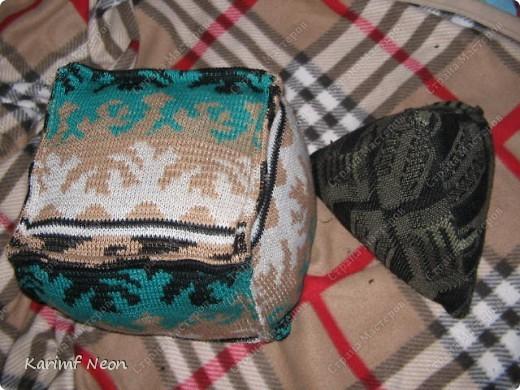 ВЯЗАТЬ НЕ НАДО!!! :)))) СТАРЫЕ свитера готовились уехать на дачу, но я решил, что там и так много свитеров.  фото 5