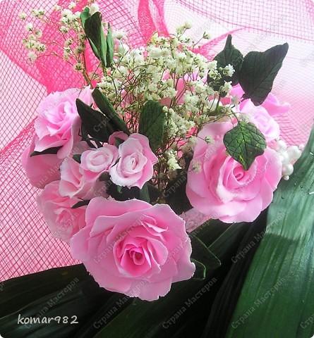 Все мои цветы для Вас! С Днем святого Валентина! Желаю счастья в этот день, Тепла от всех, кто будет рядом. Улыбок светлых на лице И солнечных лучей в придачу!     фото 2