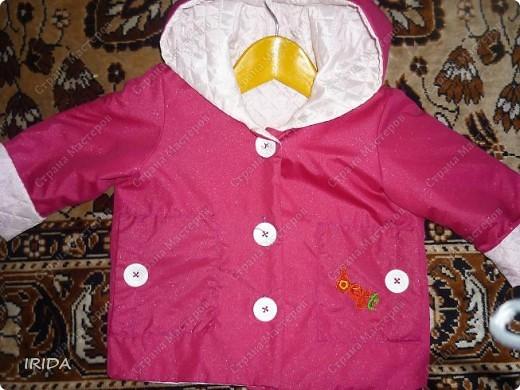 1. Плащ. Из этой ткани сначала планировала сшить костюмчик на весну-осень.В итоге получился вот такой плащ на подкладке. фото 5