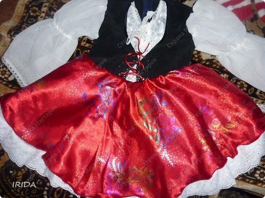 1. Плащ. Из этой ткани сначала планировала сшить костюмчик на весну-осень.В итоге получился вот такой плащ на подкладке. фото 14