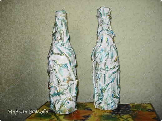 Бутылочки превращаются .... в элегантные вазы !Давно столкнулась с проблемкой: нет вазы для одной розочки или например трех тюльпанов.Все вазы какие-то большие.Вот решила сделать маленькие вазочки . фото 2