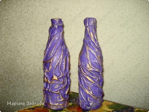 Бутылочки превращаются .... в элегантные вазы !Давно столкнулась с проблемкой: нет вазы для одной розочки или например трех тюльпанов.Все вазы какие-то большие.Вот решила сделать маленькие вазочки . фото 7