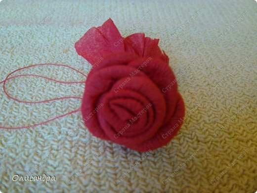 Мастер-класс Поделка изделие Гофротрубочки МК  Крутим розы из салфеток  Салфетки фото 37