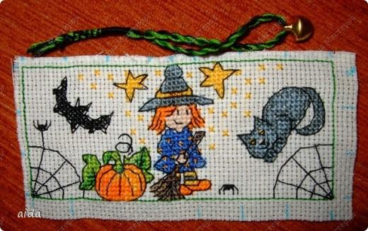 главная картинка - ведьмочка с тыквой и метлой фото 6