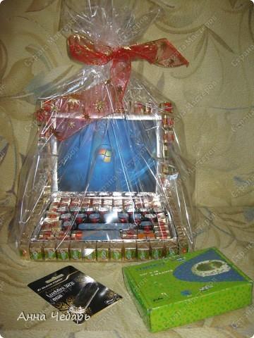 В подарок однокласснику дочери сделали вот такой нетбук. Спасибо за образцы Анне Глинко (http://stranamasterov.ru/node/129787?c=favorite) и маме марине (http://stranamasterov.ru/node/139954?c=favorite).  фото 5