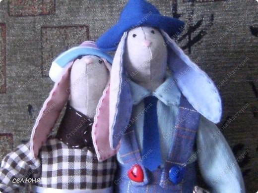 Вот таких зайцев в технике игрушек Тильд подарила вчера друзьям на 24-летие совместной жизни фото 2